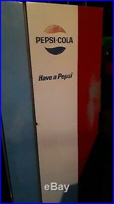 Vintage Early 1960s Pepsi Vendorlator VF90 Vending Machine