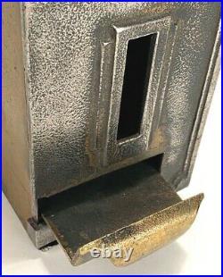 Vintage European Cigarette Coin Operated Vending Machine 6D Art Deco Iron