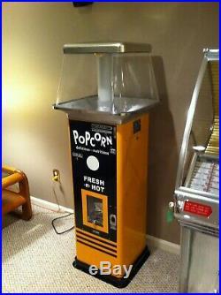 Vintage Gold Medal Automatic Popcorn Vender Excellent