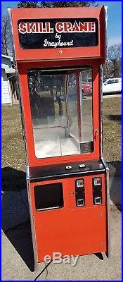 Vintage Grayhound Claw Skill Crane Arcade Game Machine Vending Coin-op Game Room