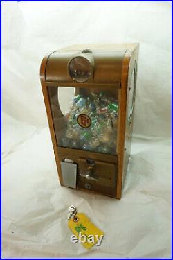 Vintage Gumball Machine Victor Super V Grandad Wood Five Cent Candy Vending