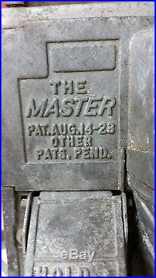 Vintage Gumball / Peanut Machine The Master