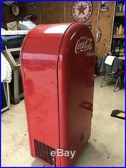 Vintage Jacobs 26 Coca Cola Coke Vending Machine