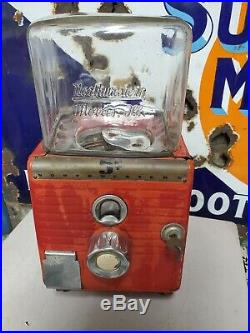 Vintage Northwestern Gumball Machine 5 Cent Working with Key Embossed Glass