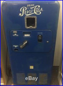 Vintage Original Pepsi Cola VMC 33 10cent Vending Machine, 1950s