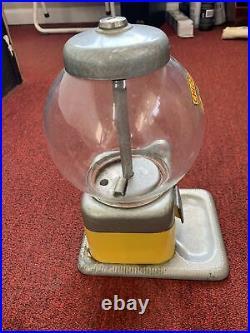 Vintage Perk Up 5 Cent Chlorophyll Gum Gumball Vending Machine no Key