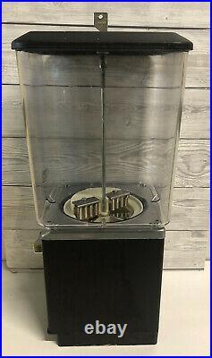 Vintage Retro American Northwestern 20p Candy Vending Machine
