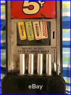 Vintage Rowe Vending Coin Gum machine Wrigleys Juicy Fruit Doublemint