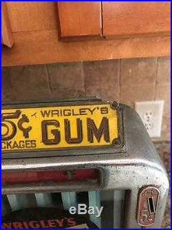 Vintage Rowe Wrigleys Gum Machine Coin Operated Mints Nickel Operated Rare
