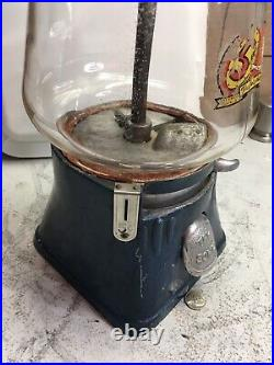 Vintage Silver King 5 Cent Gumball Machine