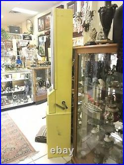Vintage The Candy Store 10 Cent Hand Crank Vending Machine