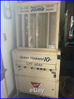 Vintage Toms Toasted Peanuts 10c Vending Machine Gas Station Coin Op Dispenser