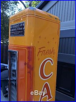 Vintage U-Select It 10 Cent Candy Vending Machine With Gumball Stand