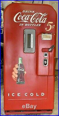 Vintage VENDO 39 Coca Cola 5 Cent Coin Operated Vending Coke Soda Machine DALLAS