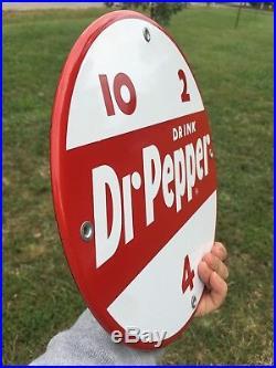 Vintage VMC 81 Vending Machine 10 Round Dr. Pepper Original Porcelain Sign