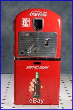 Vintage VMC Vendorlator 27 Coke Machine Rare Stand Coca Cola Counter Top