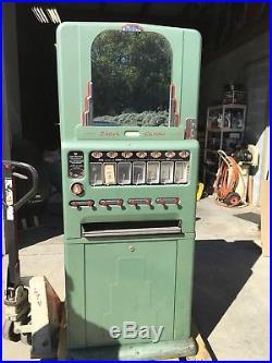 Vintage Vending Machine. Univendor By Stoner Manufacturing
