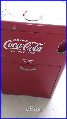 Vintage Vendo 23 Spin top Coke Coca Cola Machine for restoration or display
