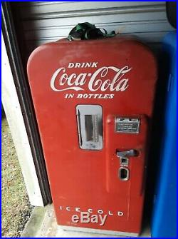 Vintage Vendo 39 Antique Coke Machine