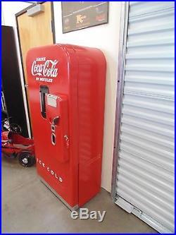 Vintage Vendo 39 Coca Cola Vending Machine