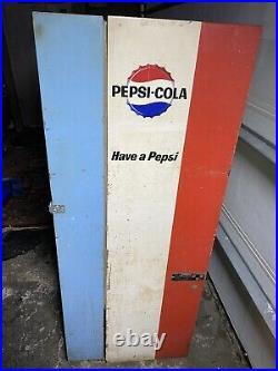 Vintage Vendorlator VFA56B-C Pepsi Machine, Unrestored Works Great Read Below