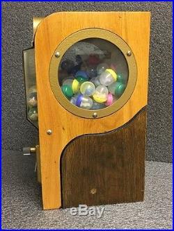 Vintage Victor 5cent Vending Machine (S07031506)