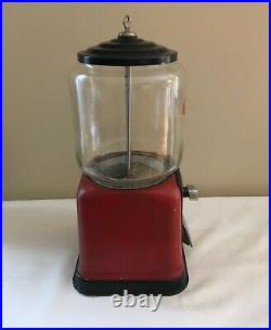 Vintage Victor Topper 1 cent Gumball machine withGlass Globe & Key GREAT Condition