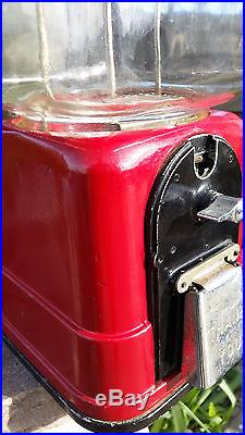 Vintage Victor Vending VVC 60 Victor Universal Gumball Machine VC109 Key