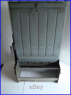 wall mount cigarette machine