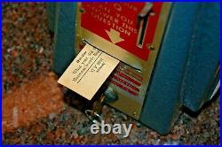 Vintage Wise Owl Quizette 1¢ Fortune Teller Trade Stimulator & Napkin Holder