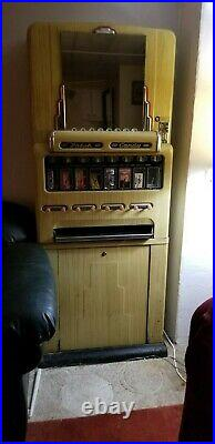 Vintage /antique Stoner Theater model 55 candy machine