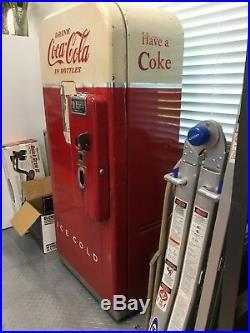 Vintage coke bottle machine 1938
