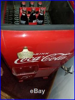 Vintage junior sweet water bath coca coke machine in great working condition
