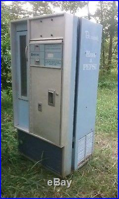 Vintage pepsi soda machine