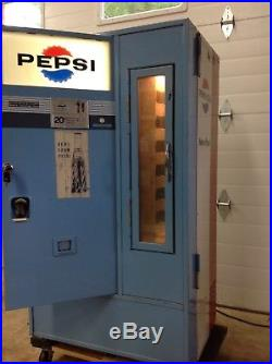 Vintage pepsi vending machine works