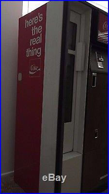 Working Vintage Coke Coca Cola Soda Pop Vending Machine CSS-8-64 Cavalier Corp